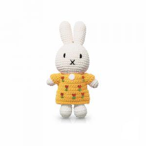 tulpenjurk - Nijntje handmade and her yellow tulipdress (EAN-710 142 894 9117)